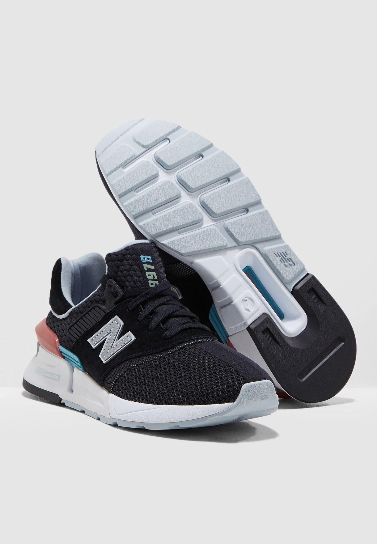 حذاء رياضة 997 اتش