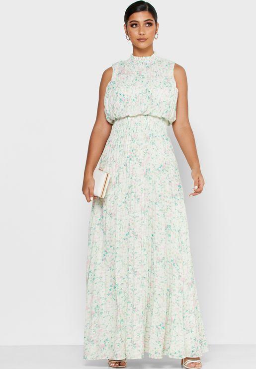 فستان مطبع بياقة عالية