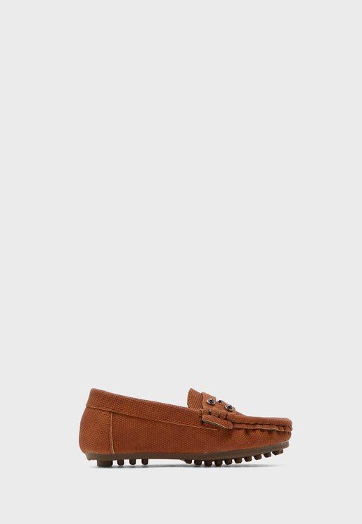 حذاء لوفر بدبابيس