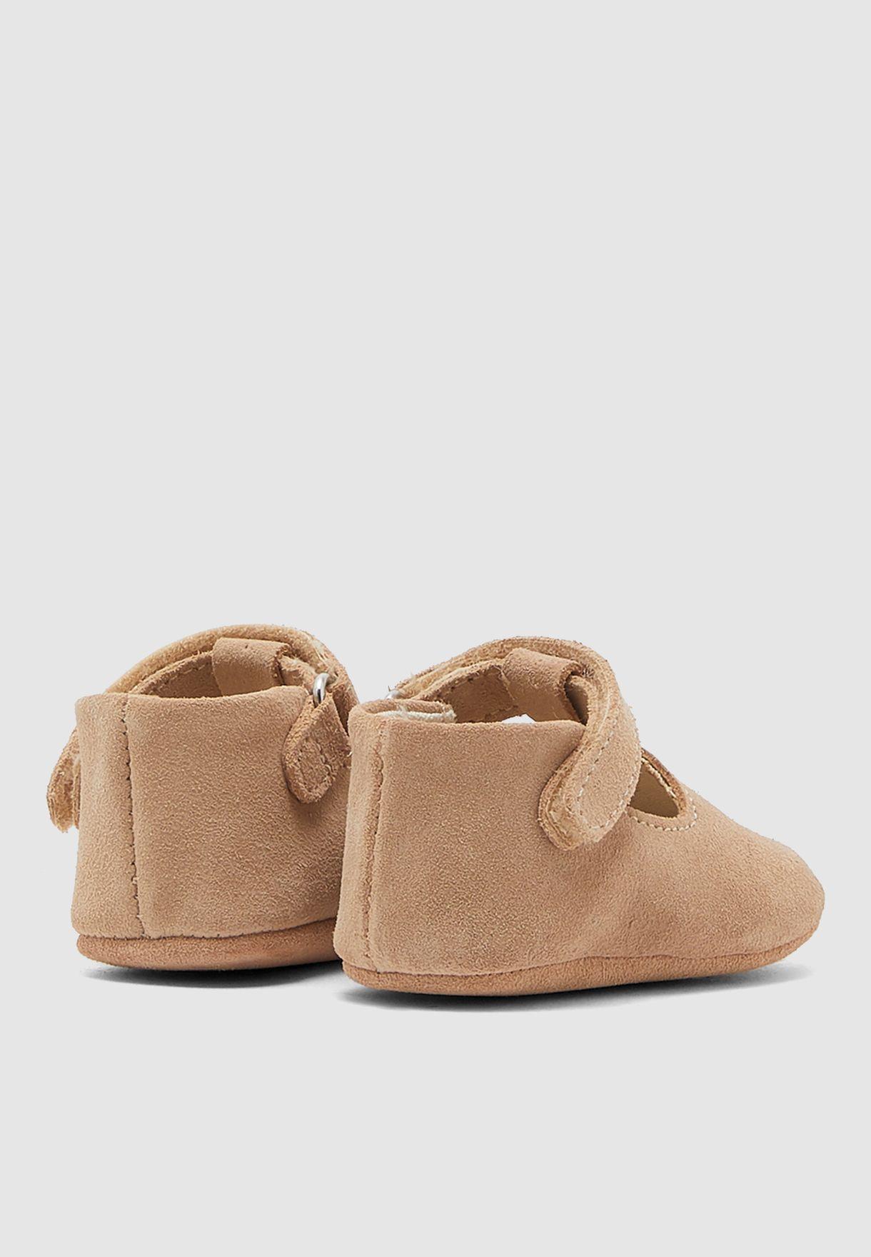 حذاء شامواه اصلي للصغار