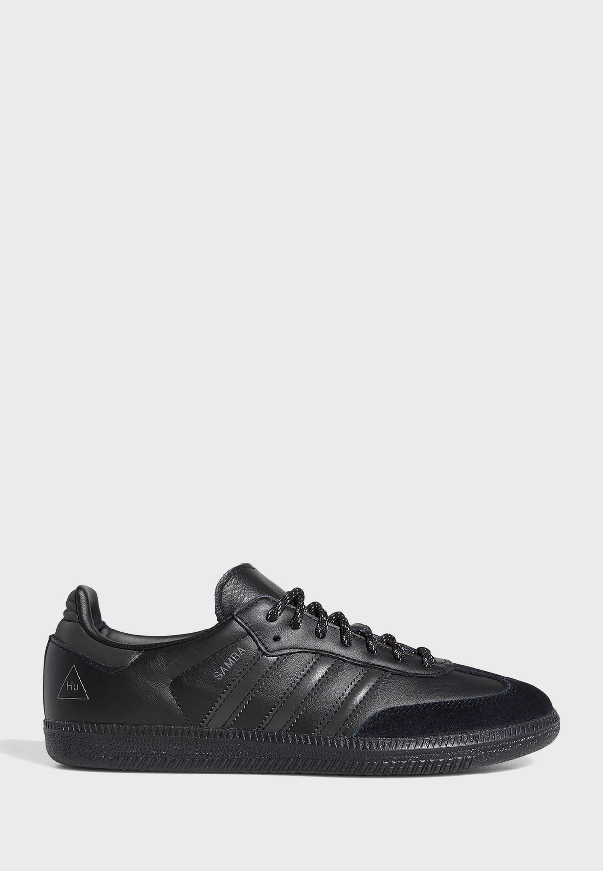 Surrey mesa A menudo hablado  Buy adidas Originals black Pharrell Williams Samba for Men in MENA,  Worldwide | GY4978