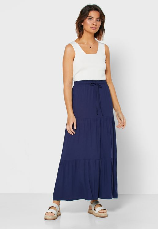 Pleat Detail Tiered Skirt