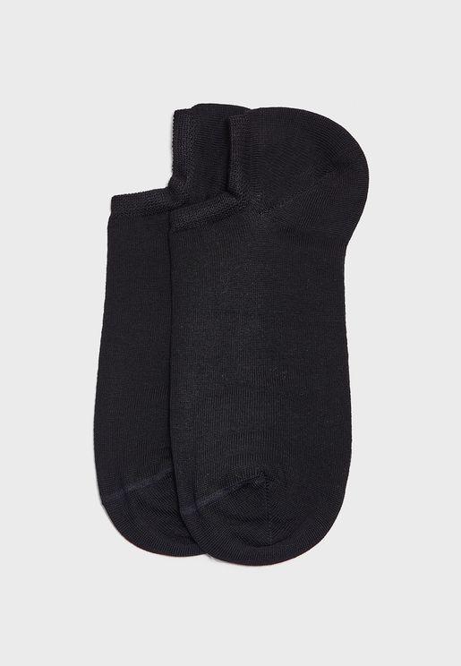 جوارب قصيرة
