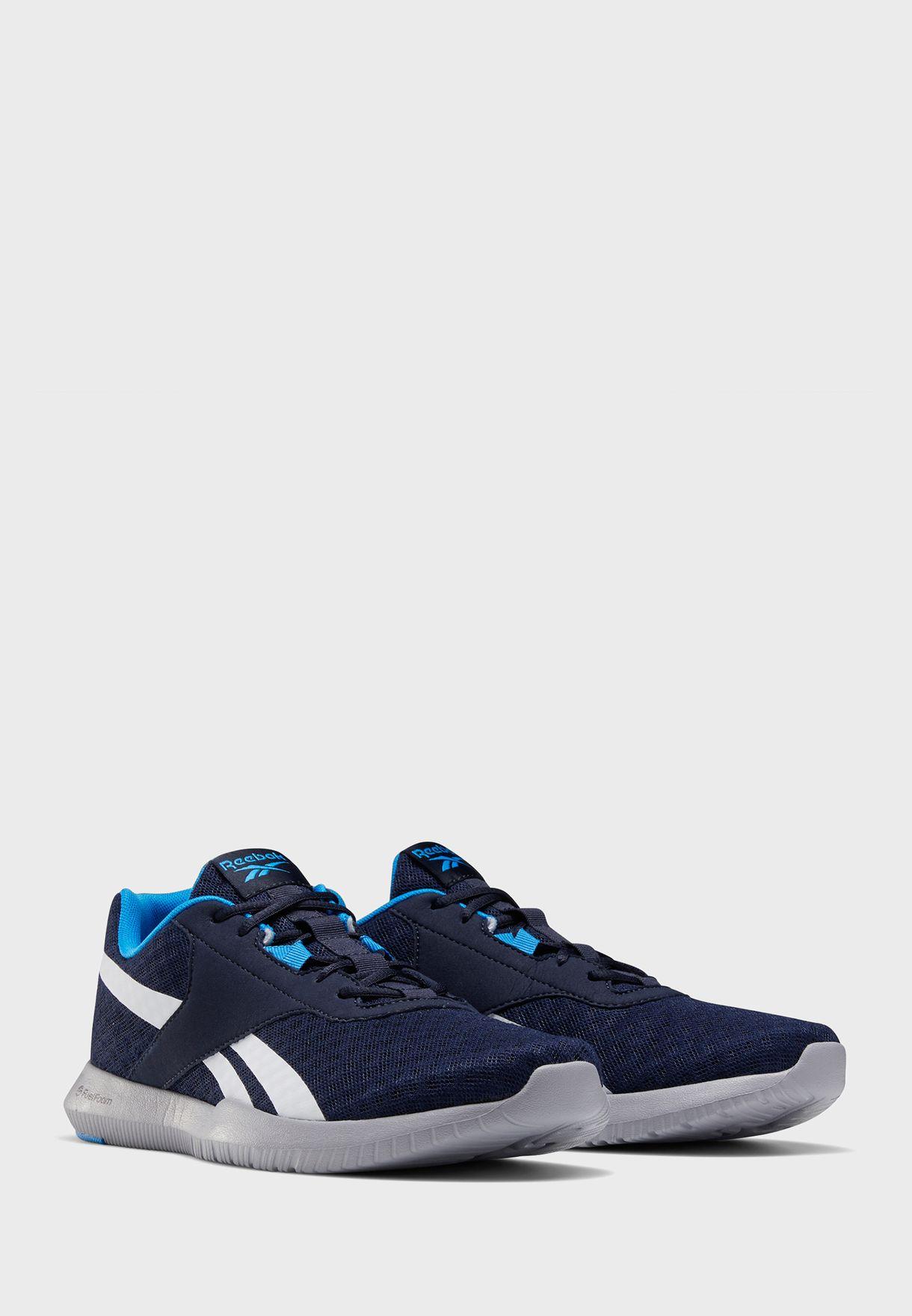حذاء رياجو ايسنت