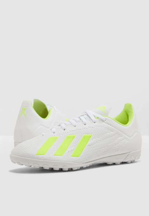 new styles 4ce00 10cdc Football Shoes - Soccer Shoes Online Shopping at Namshi in Kuwait