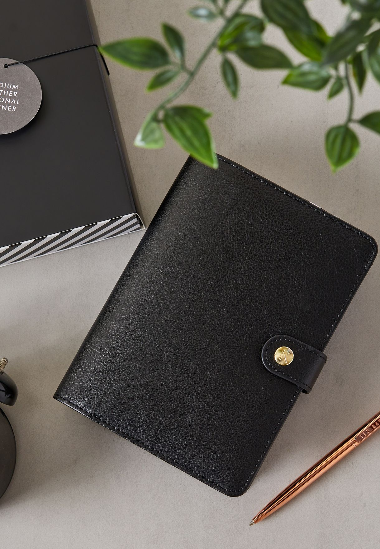 Medium Black Weekly Personal Planner
