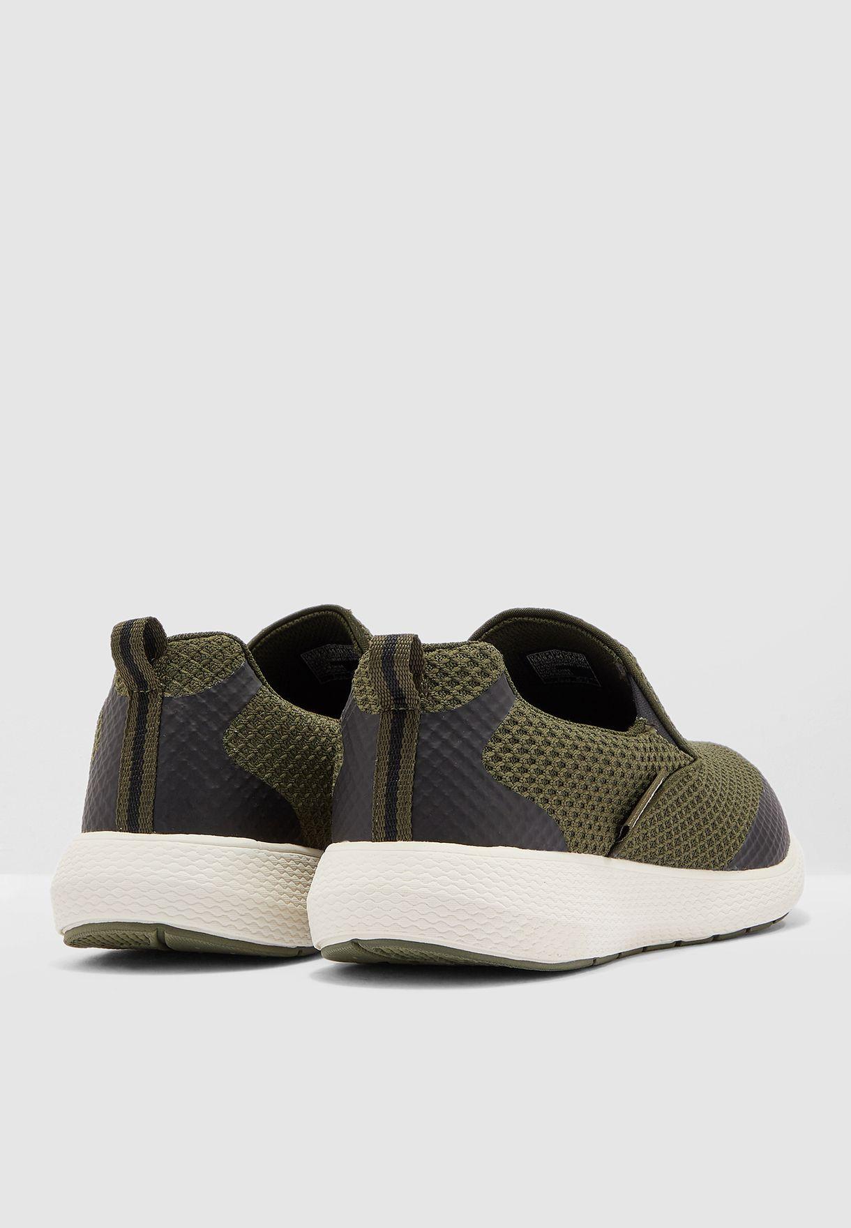 حذاء كولو