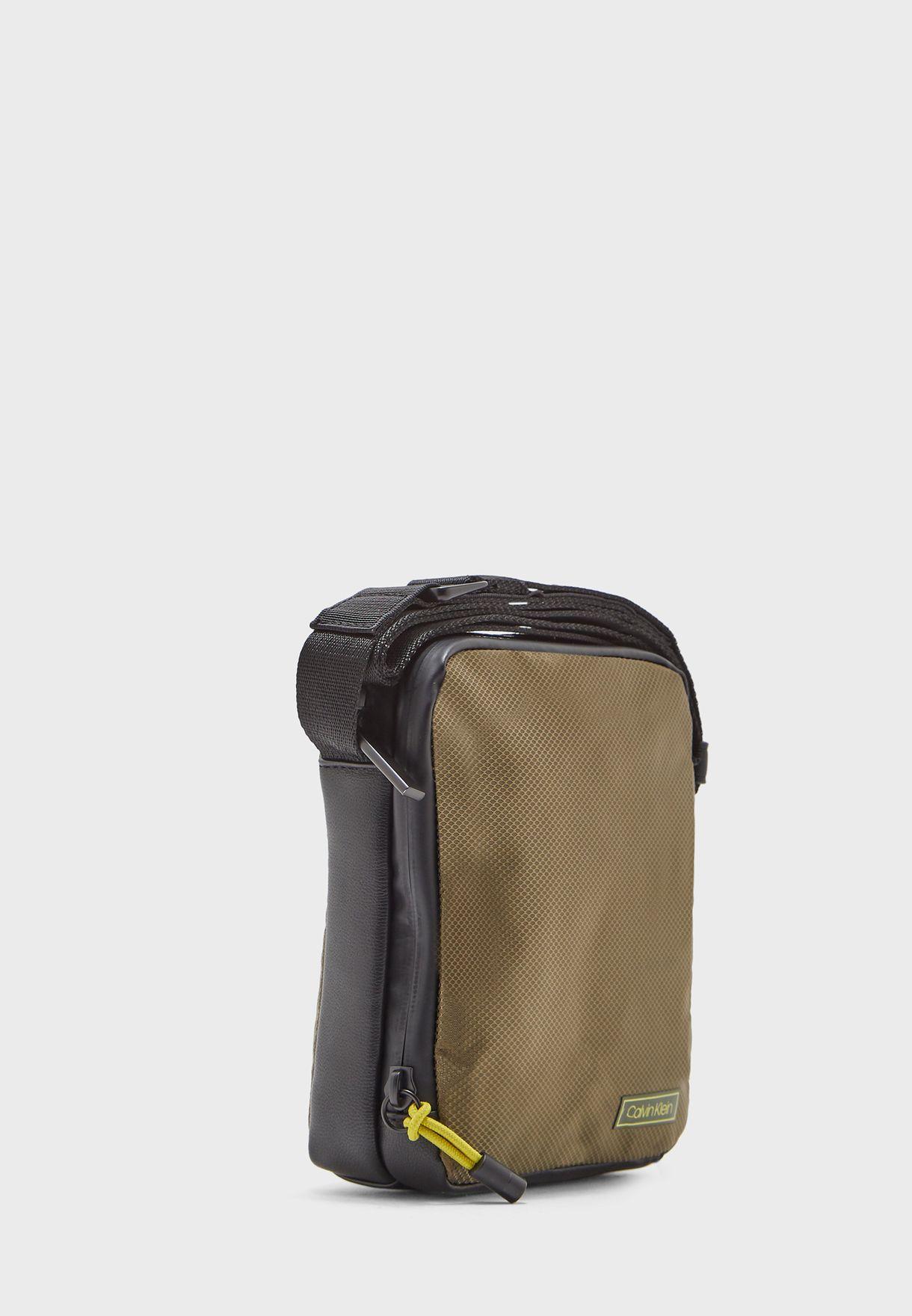 Revealed 2G Mini Messenger Bag