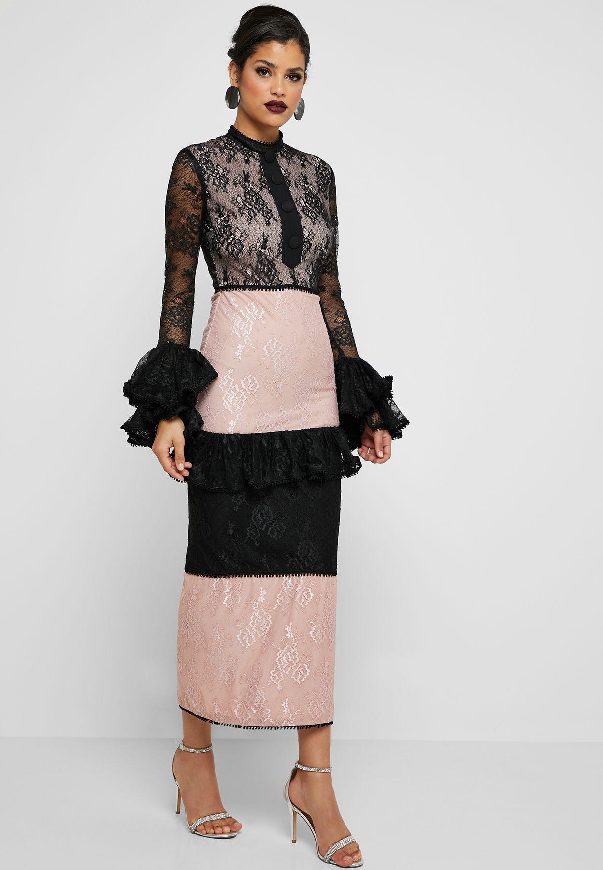فستان ماكسي بنمط كتل الالوان