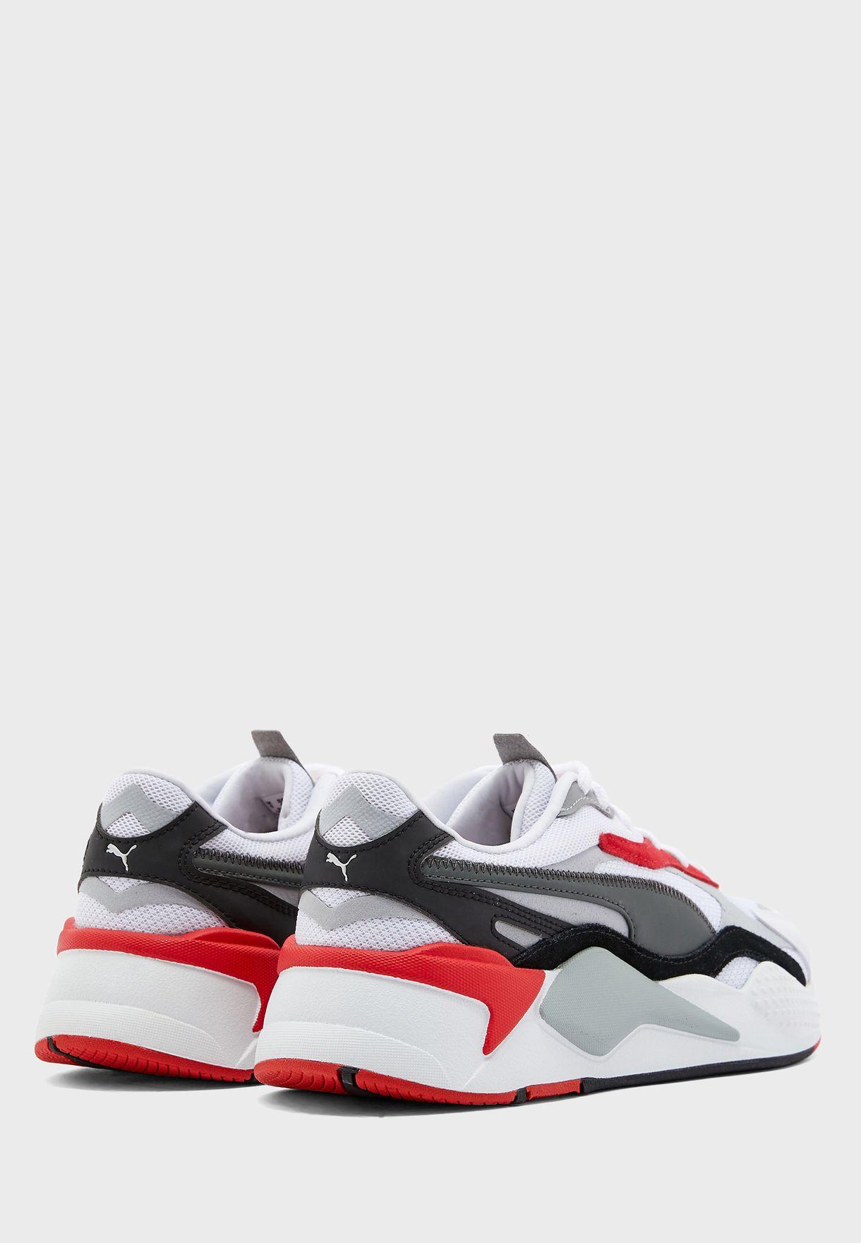 حذاء ار اس-اكس ايه بازل