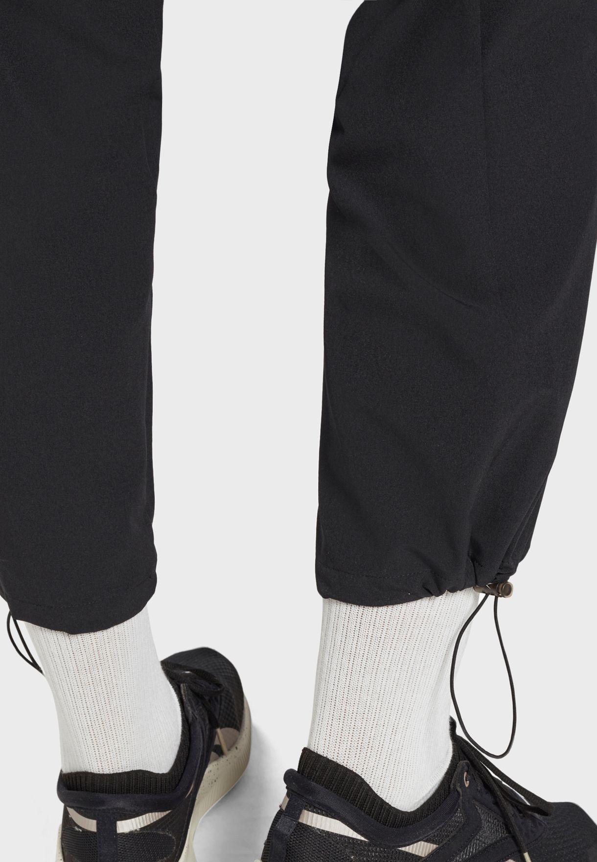 Essential Woven Sweatpants