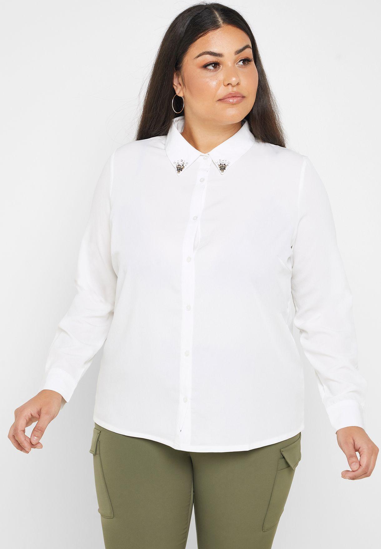 قميص مزين باحجار صناعية