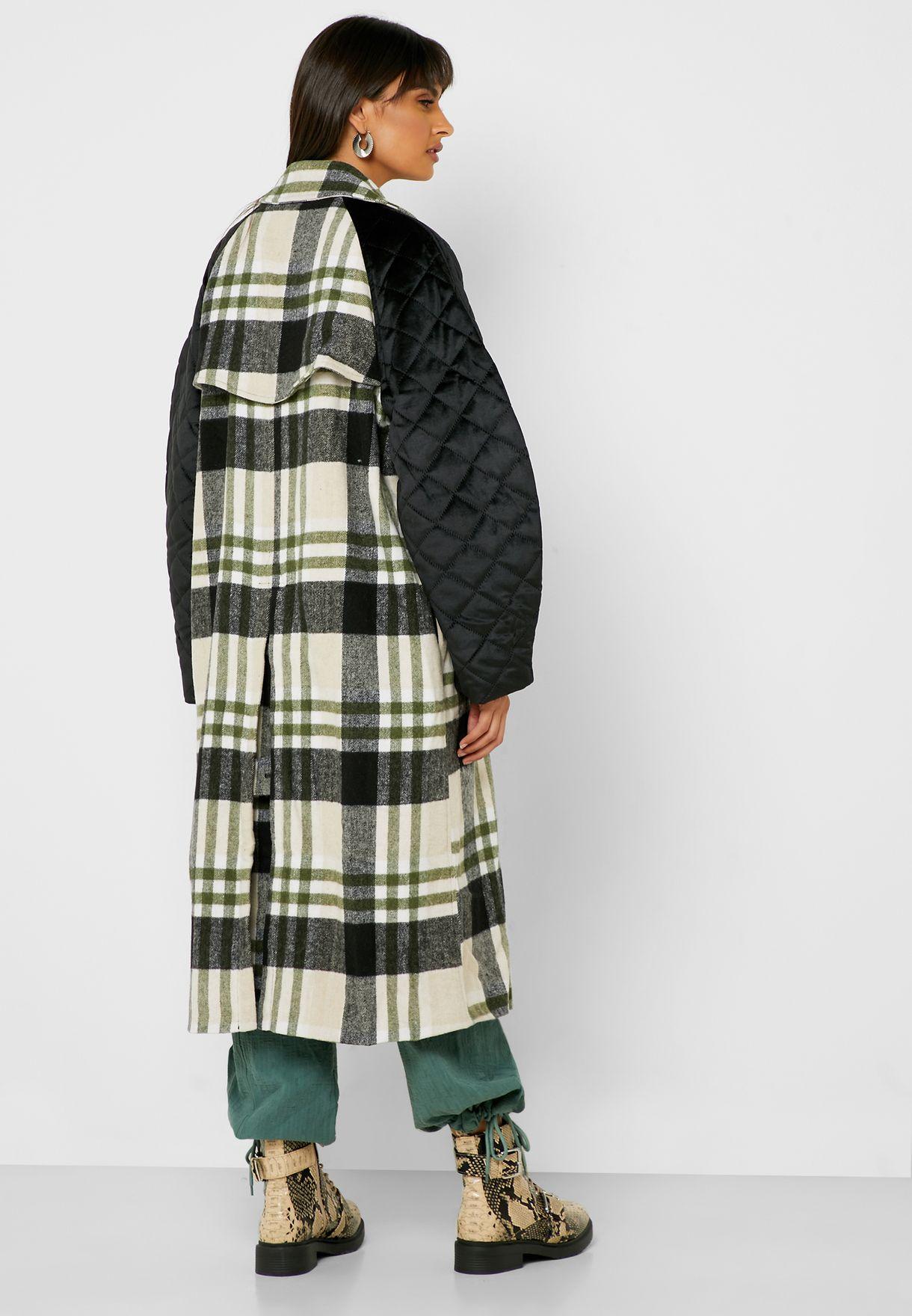 معطف طويل بازرار