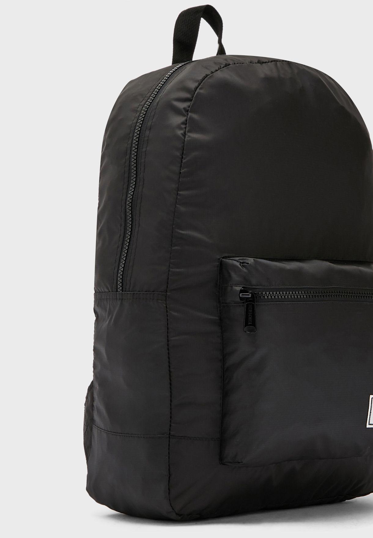 حقيبة ظهر كلاسيكية