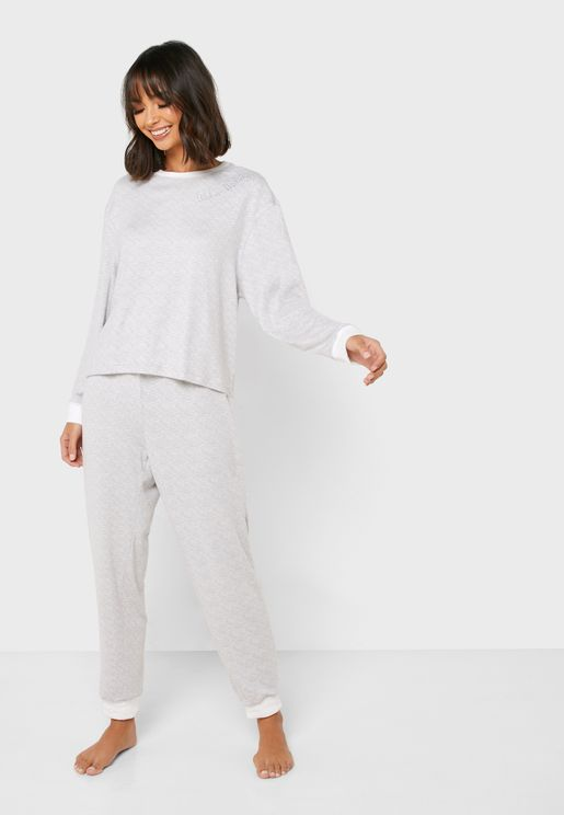Contrast Detail T-Shirt & Pyjama Set