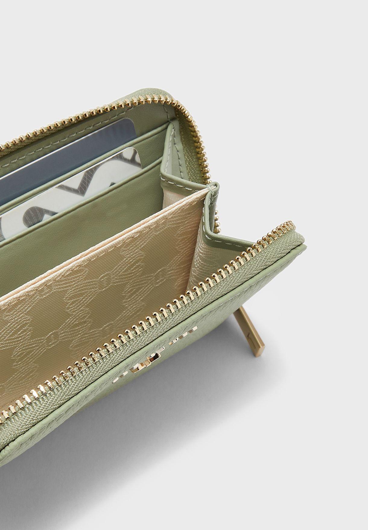 حافظة بطاقات مزينة بفيونكة
