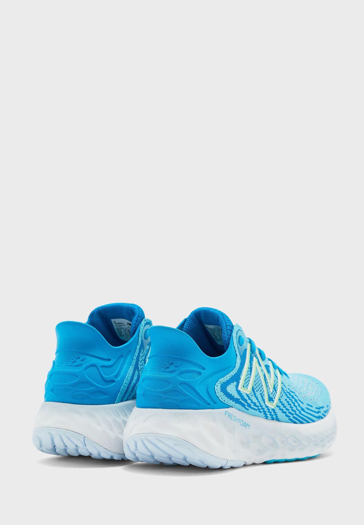 حذاء 1080