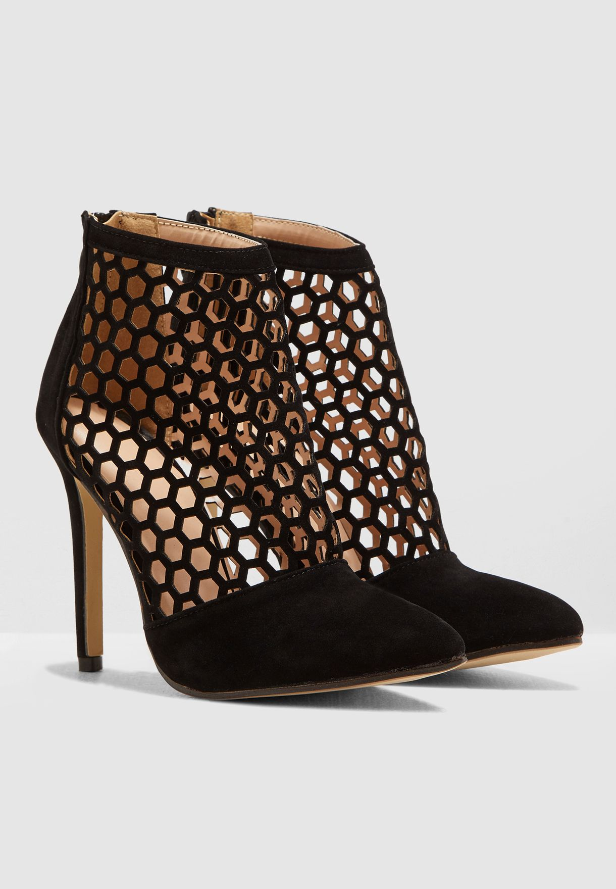 Pointed Toe Boot With Zip