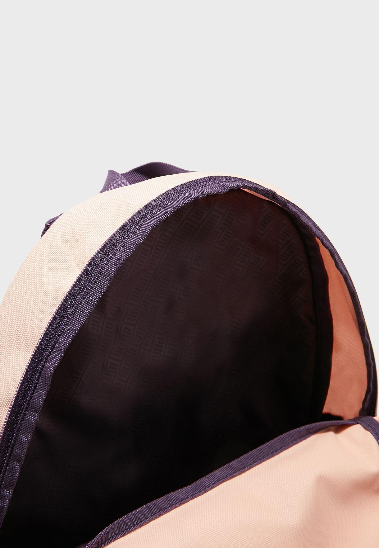 شنطة ظهر كاجوال