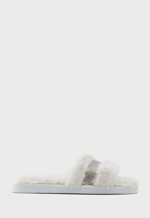 صندل فلات مزين باحجار الراين