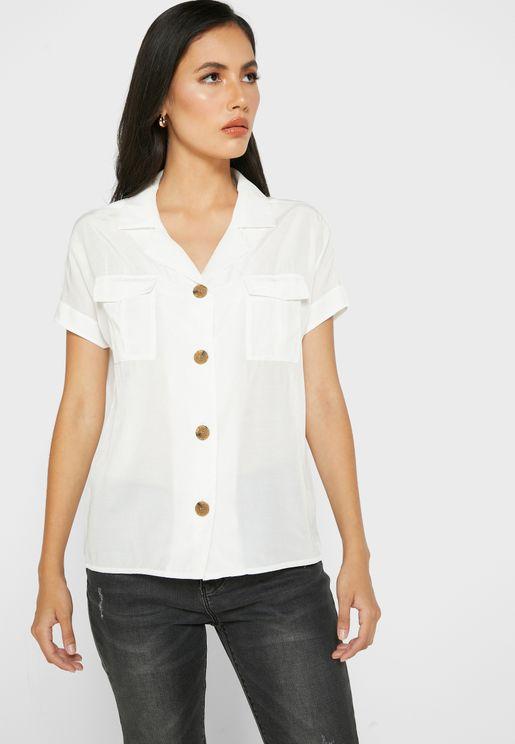 قميص كلاسيكي