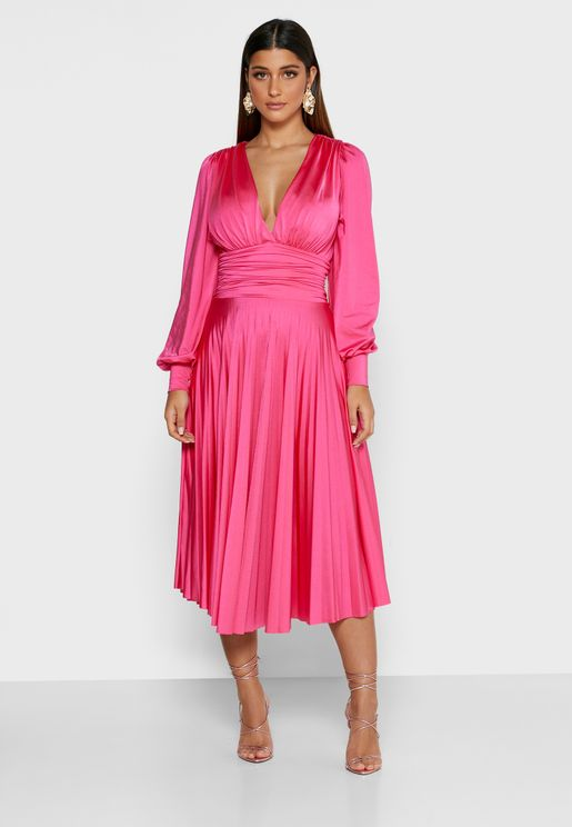 Tilly Shirred Waist Pleated Plunge Dress