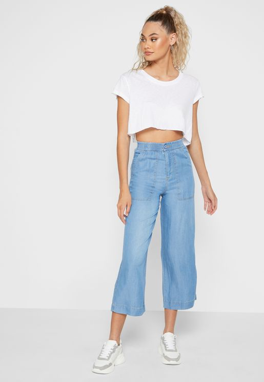 Wide Leg Patch Pocket Jeans