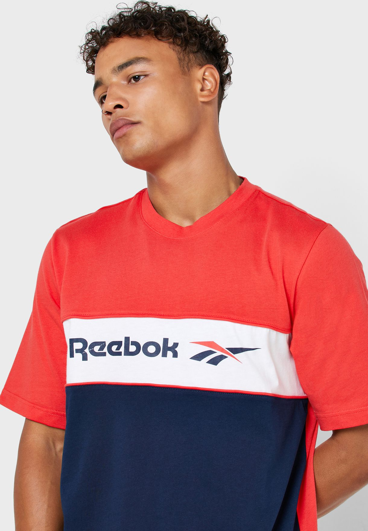 Classics Linear T-Shirt