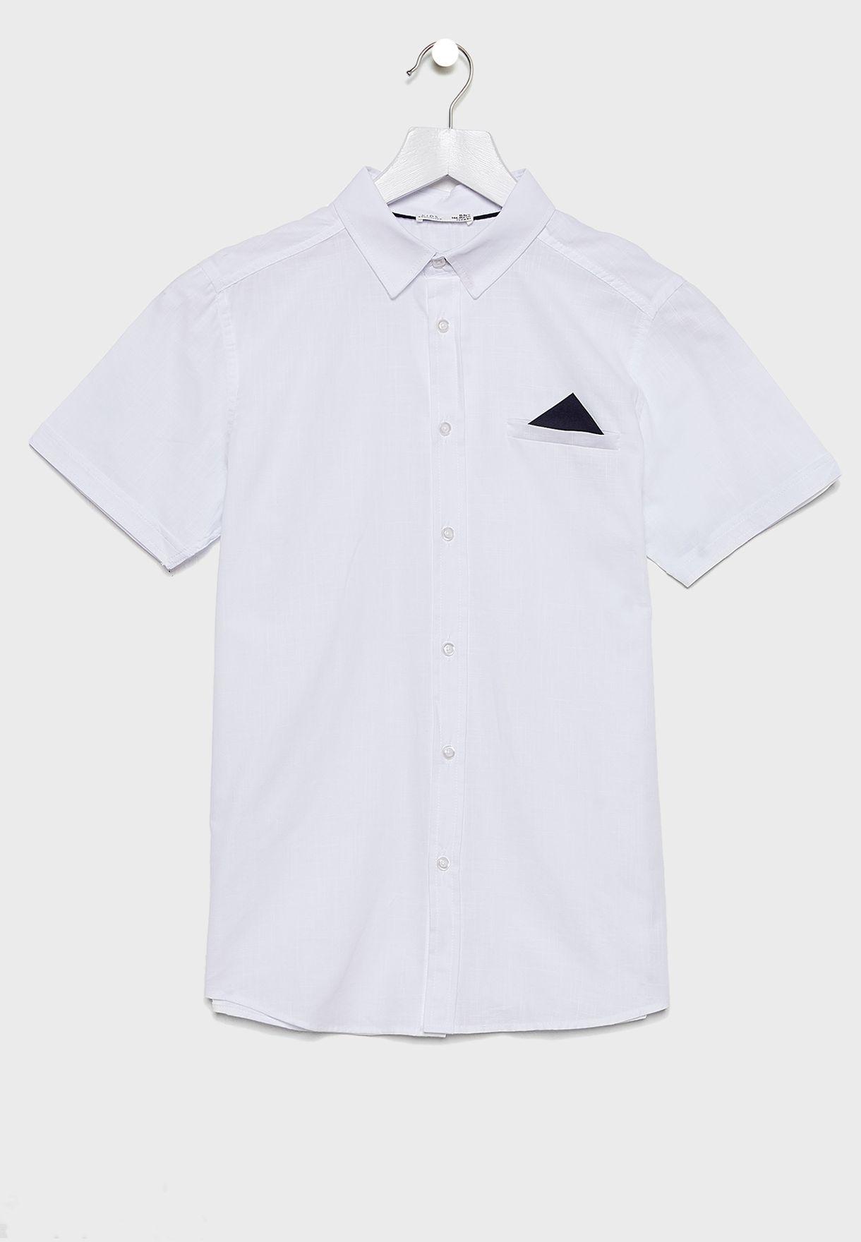 قميص مزين بوشاح