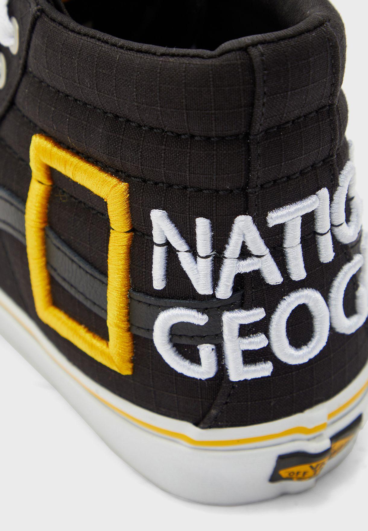 حذاء من مجموعة ناشيونال جيوغرافيك