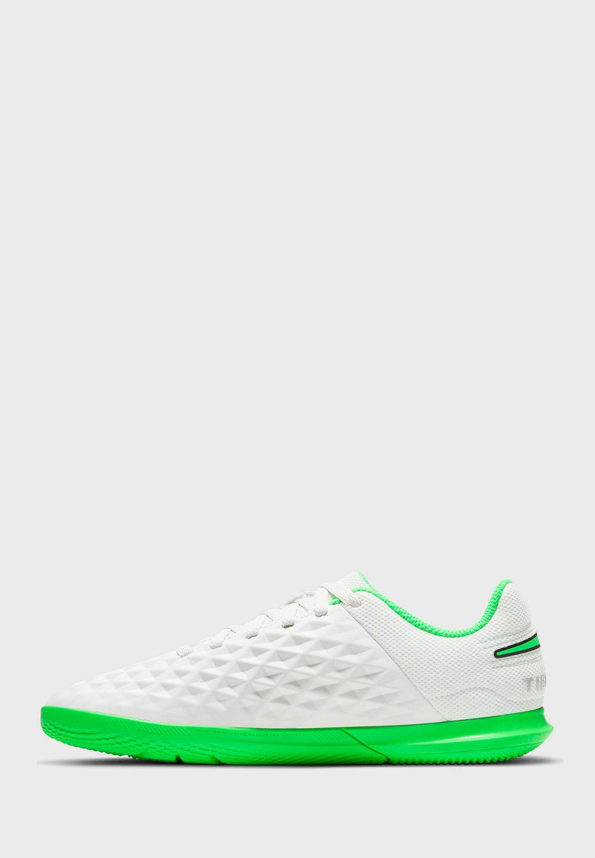 حذاء ليجيند 8 كلوب اي سي