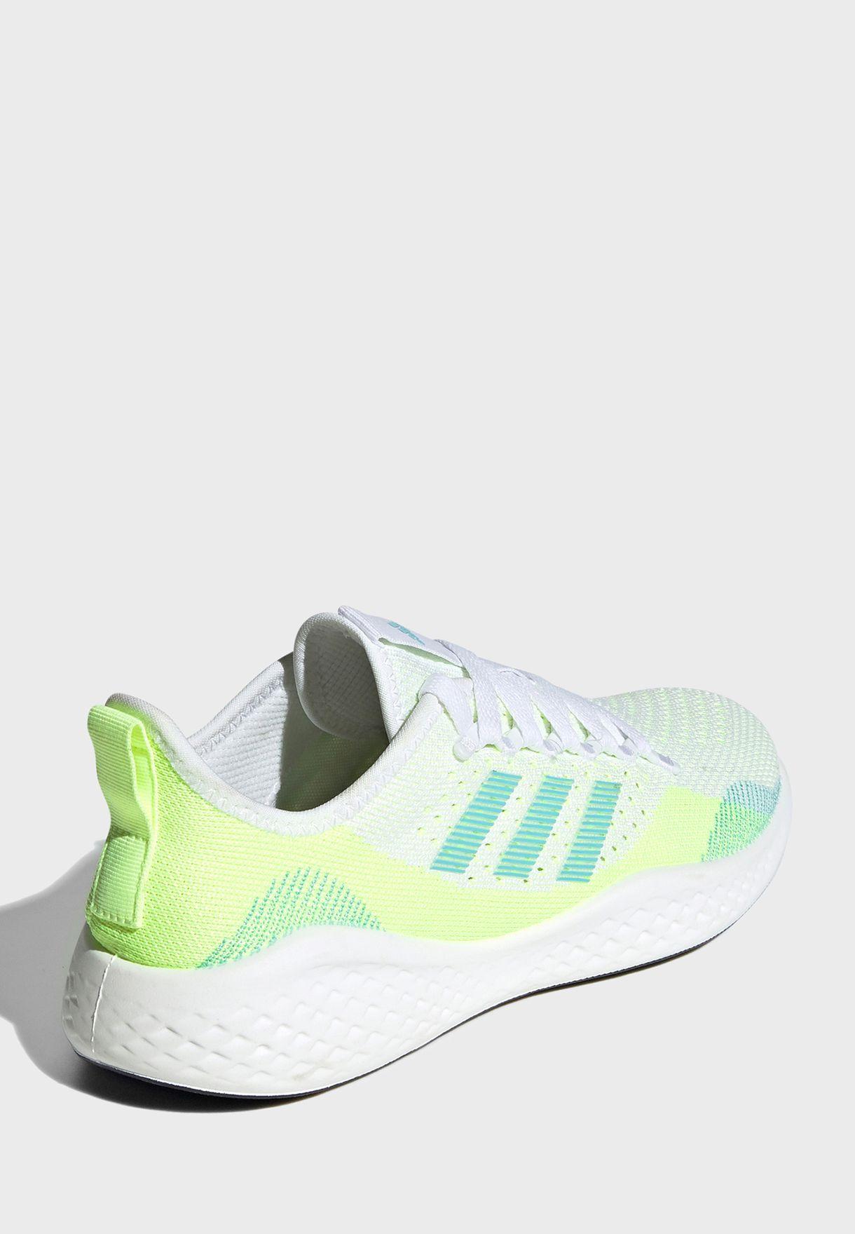 حذاء ركض عصري للنساء