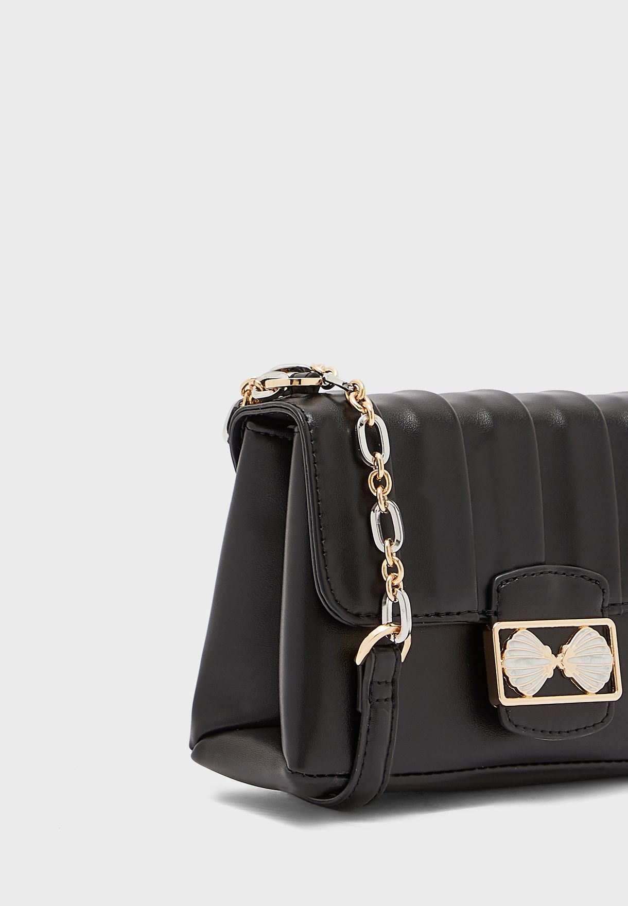 SHELLY Black Trophy Cross Body Bag