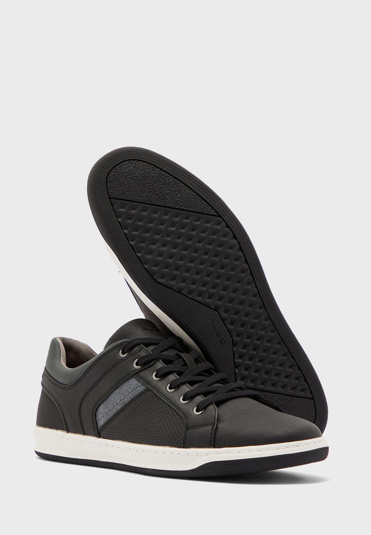 Kederasen Sneakers