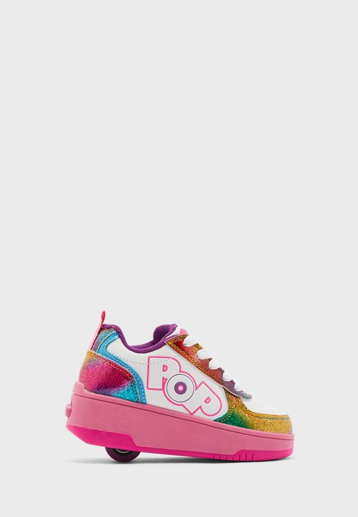 Pop Dash Low Top Sneaker