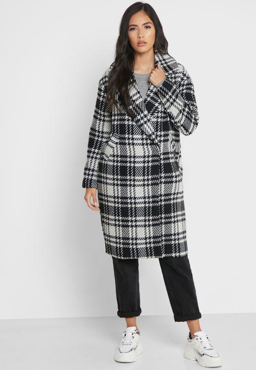 معطف طويل بطبعة مربعات