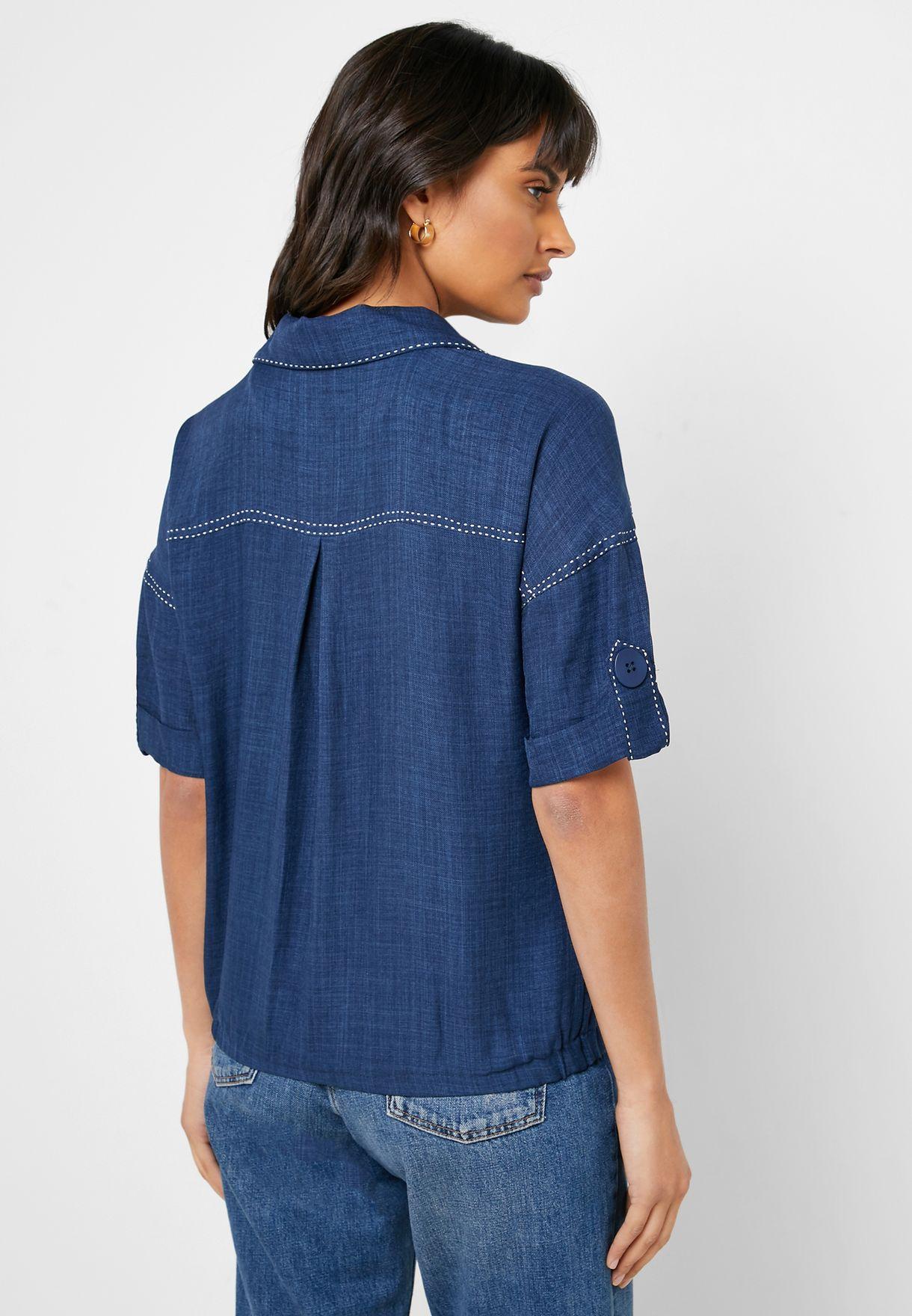 بلوزة بنمط قميص مع أكمام رول
