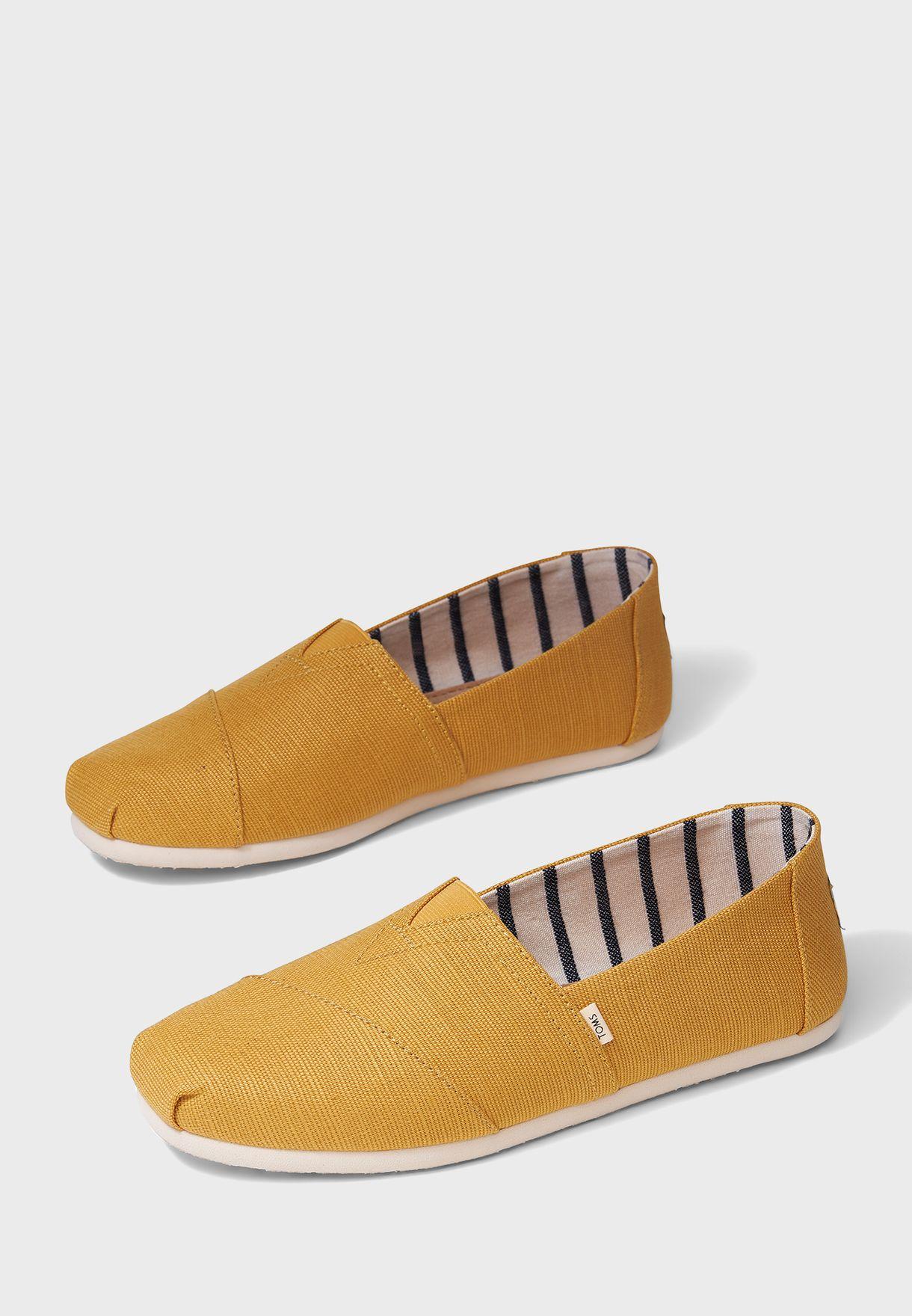 Casual Flat Slip Ons