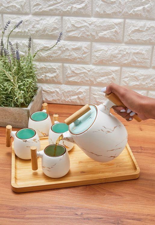 طقم من ابريق شاي و 4 اكواب صغيرة