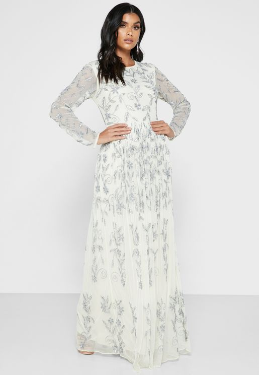 فستان مرصع بالخرز والترتر