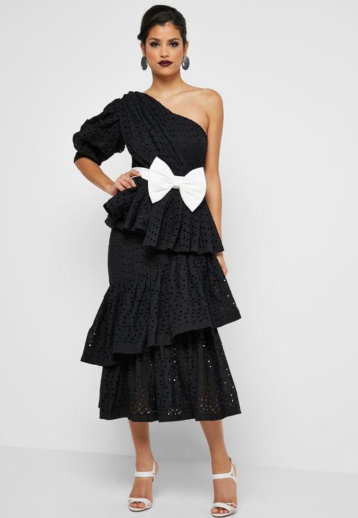 فستان بكتف واحد مزين بفيونكة