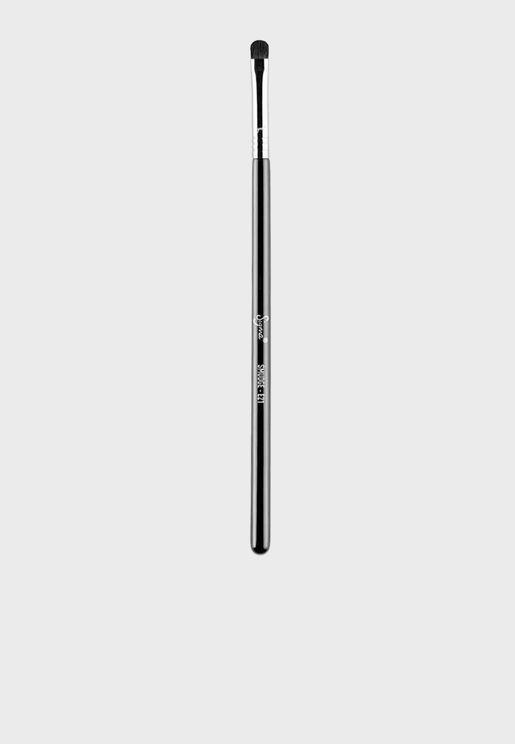E21 - Smudge Brush