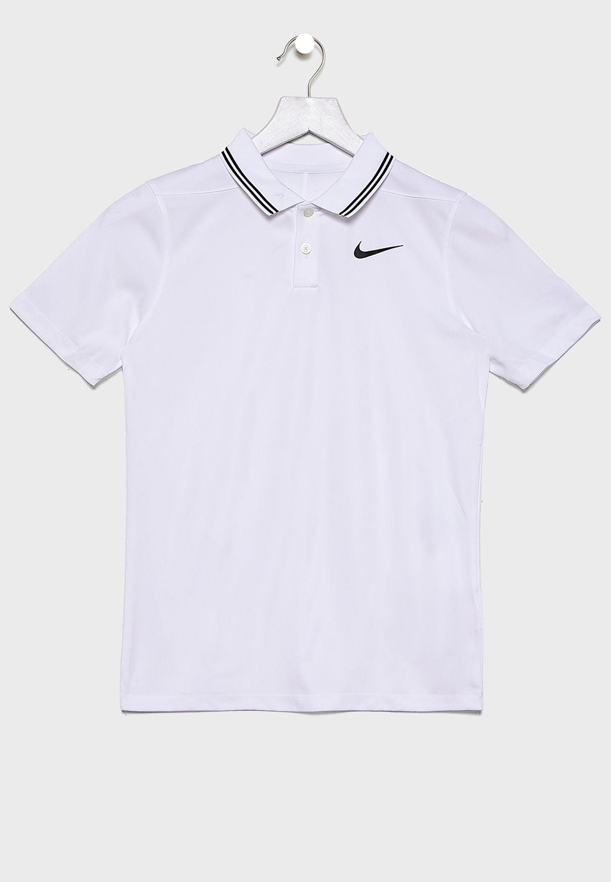 قميص بولو بتقنية دراي فيت