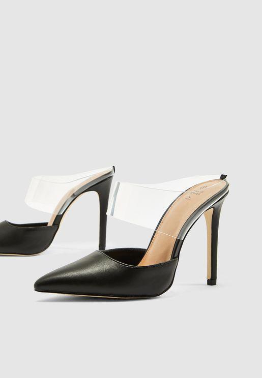 حذاء كعب مستدق
