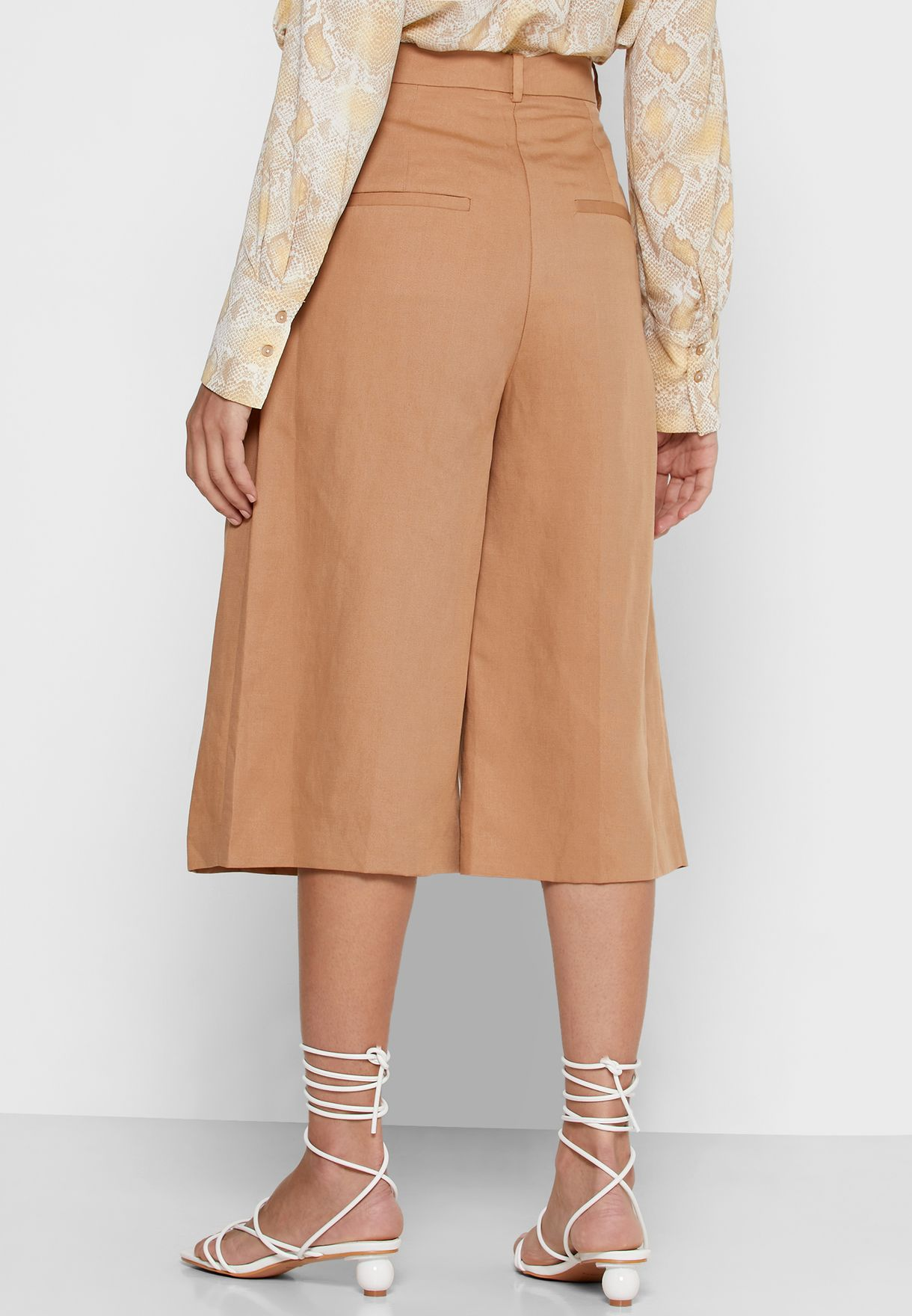 Front Pleated Bermuda Shorts