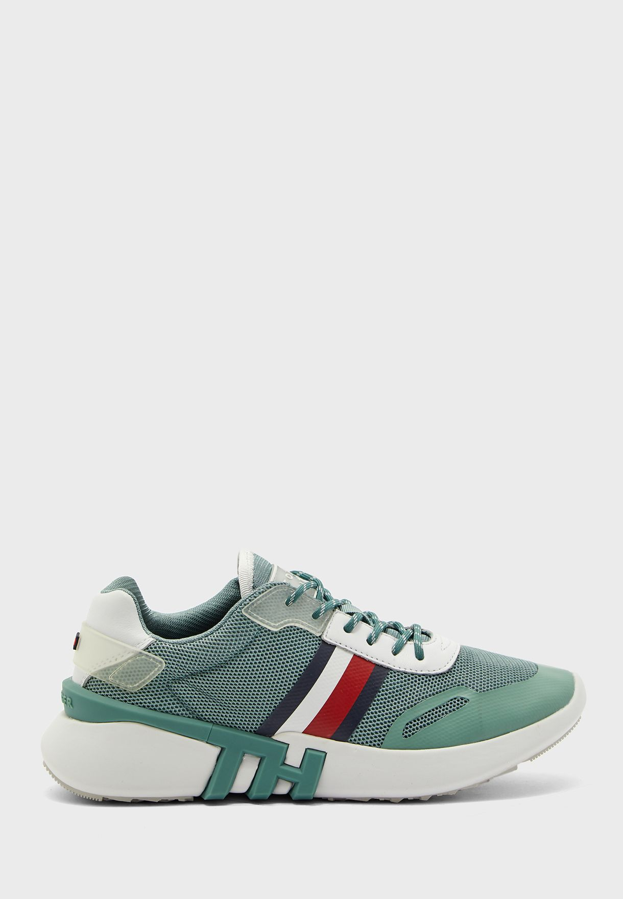 Runner Low Top Sneaker - MBY