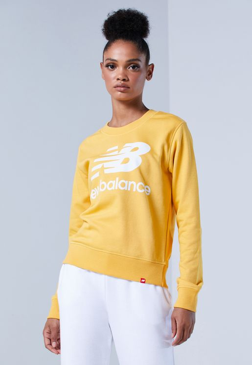 Essential Logo Sweatshirt