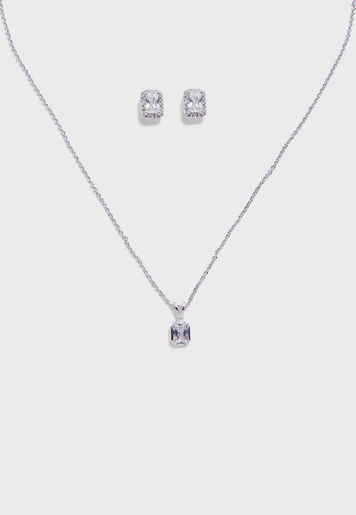 Merulla Necklace