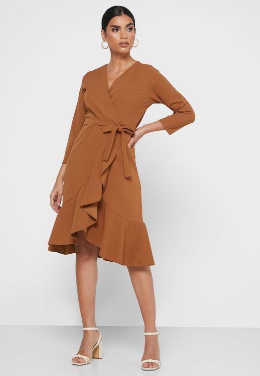 فستان لف بأربطة خصر