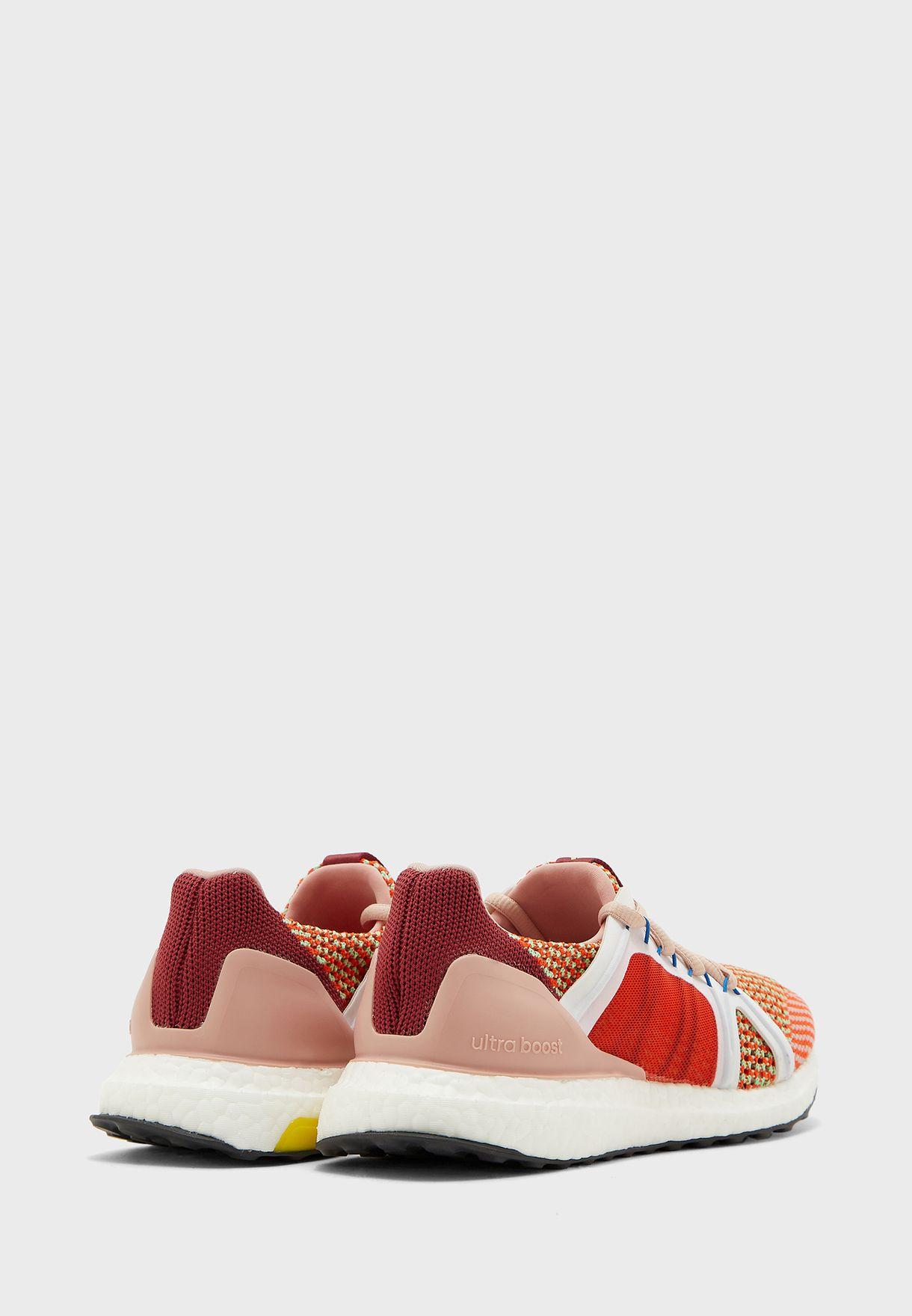 حذاء الترا بوست